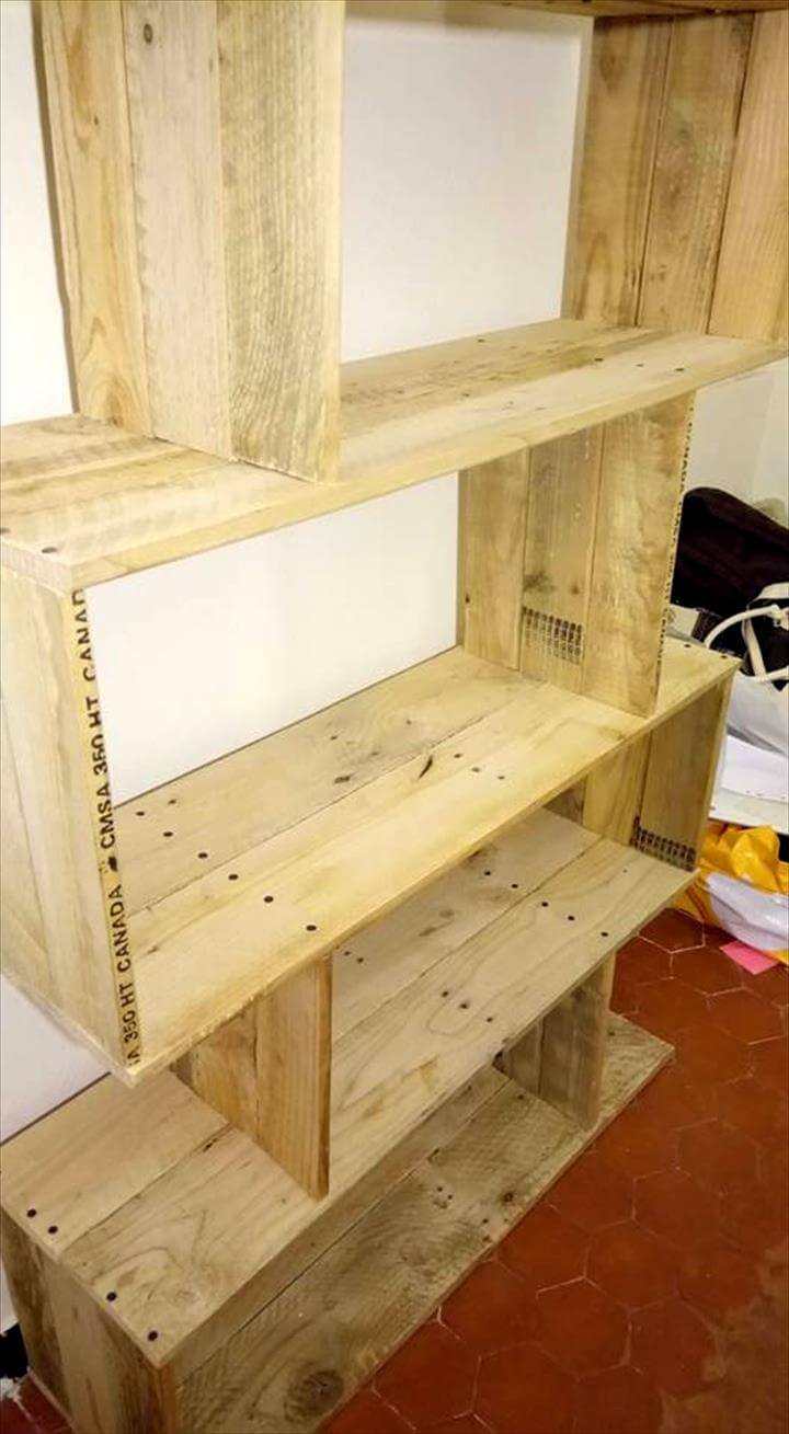 pallet storage shelf boxes