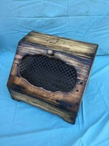 diy pallet bread box
