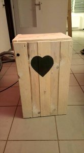 cute pallet bedside table