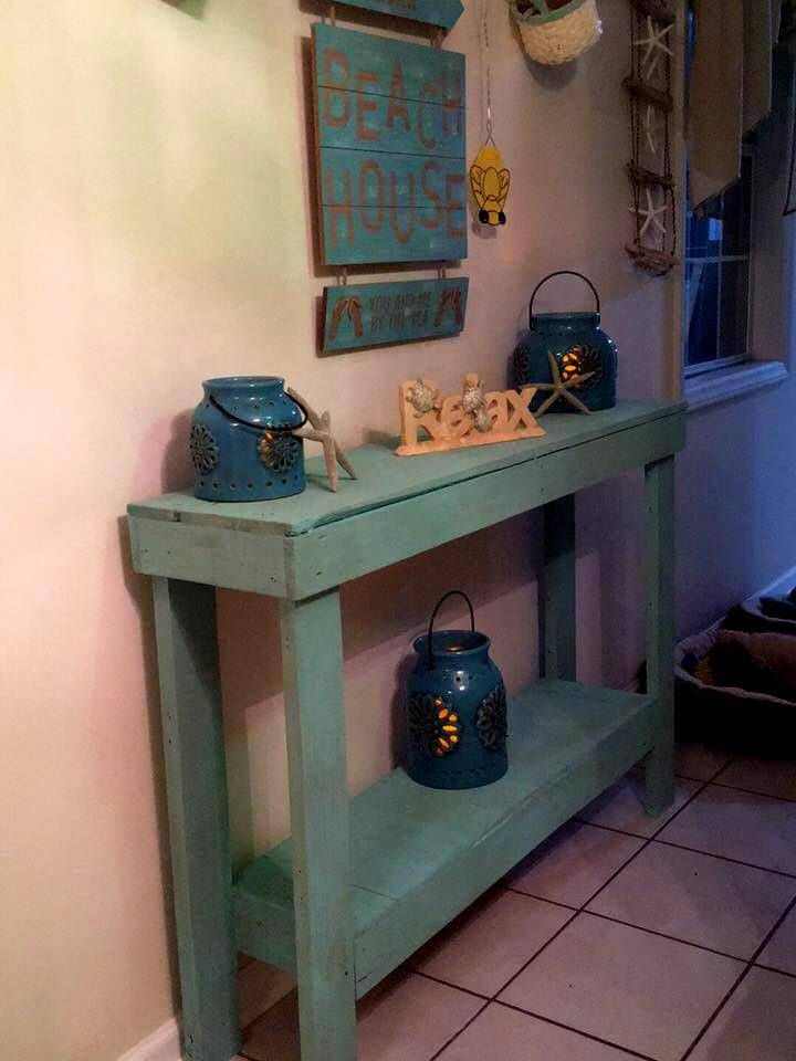 vintage inspired pallet hall table