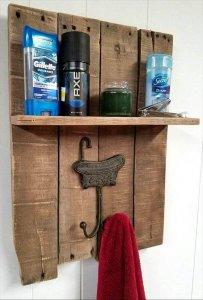 gorgeous pallet towel rack