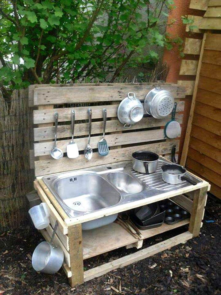 wooden pallet outdoor kitchen