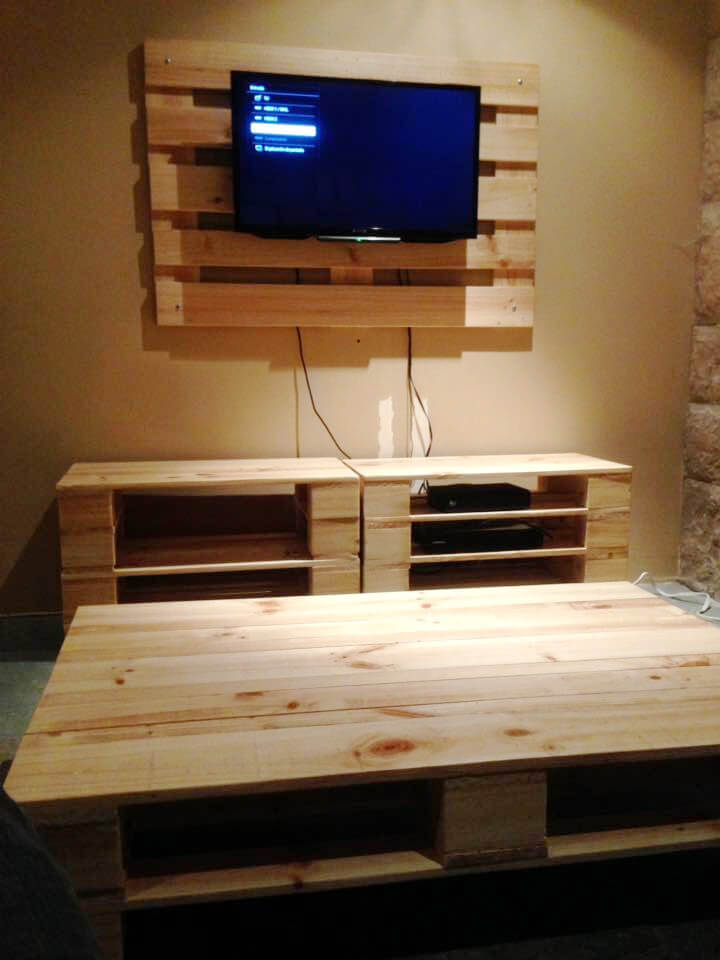 pallet coffee table and wall hanging entertainment center